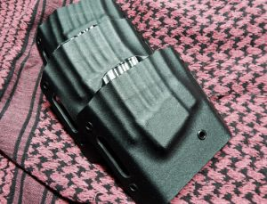 Kinetic-Concepts-Tactical-Low-Mass-Rifle-Magazine-Carrier-Black